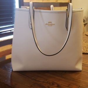 Reversible Coach XL tote